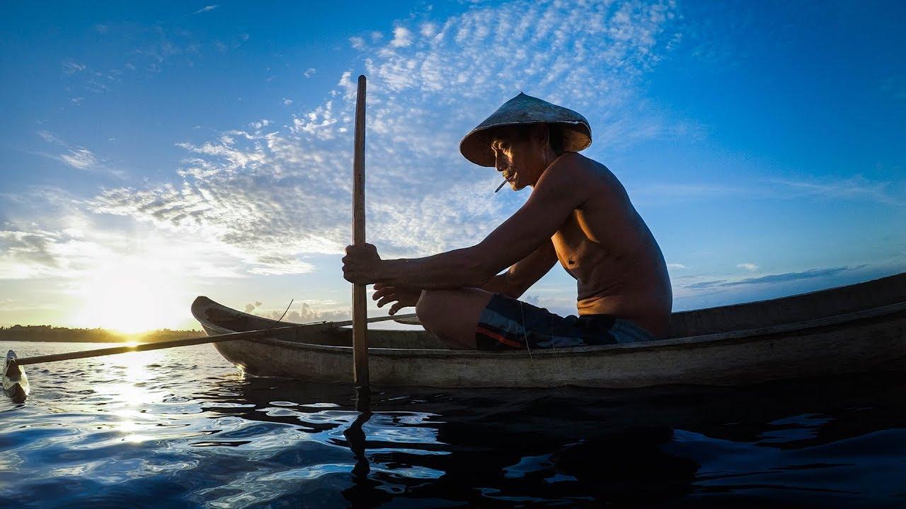 Conoce al hombre que descubrió las mejores olas de las Mentawai