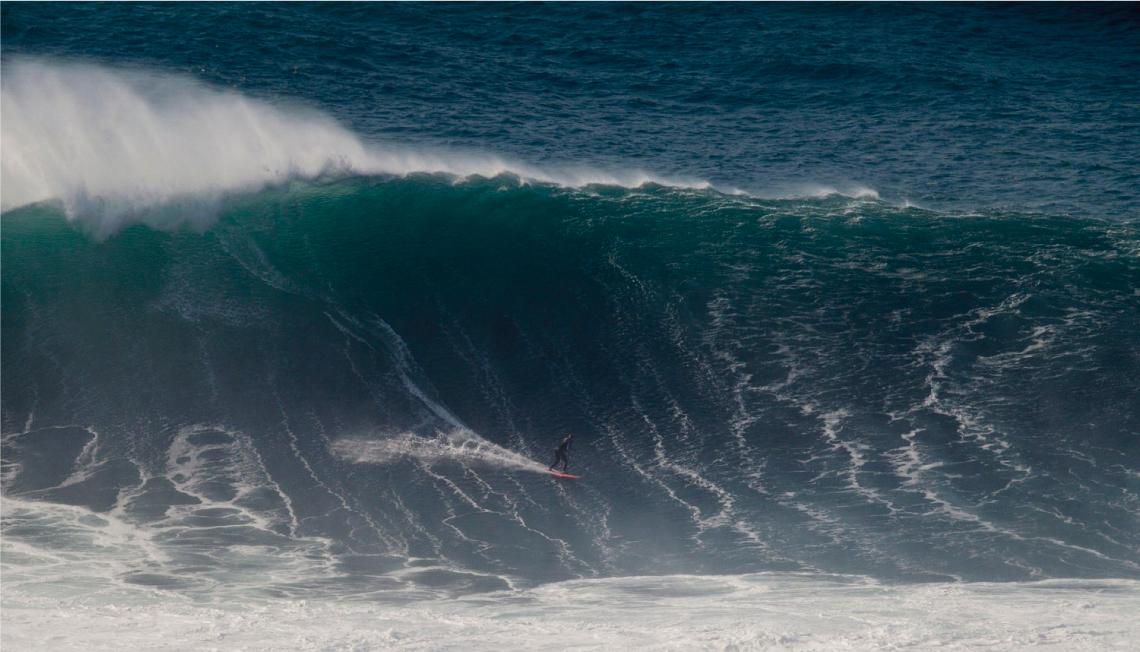 Las mujeres también piden el lugar que se merecen en las olas grandes
