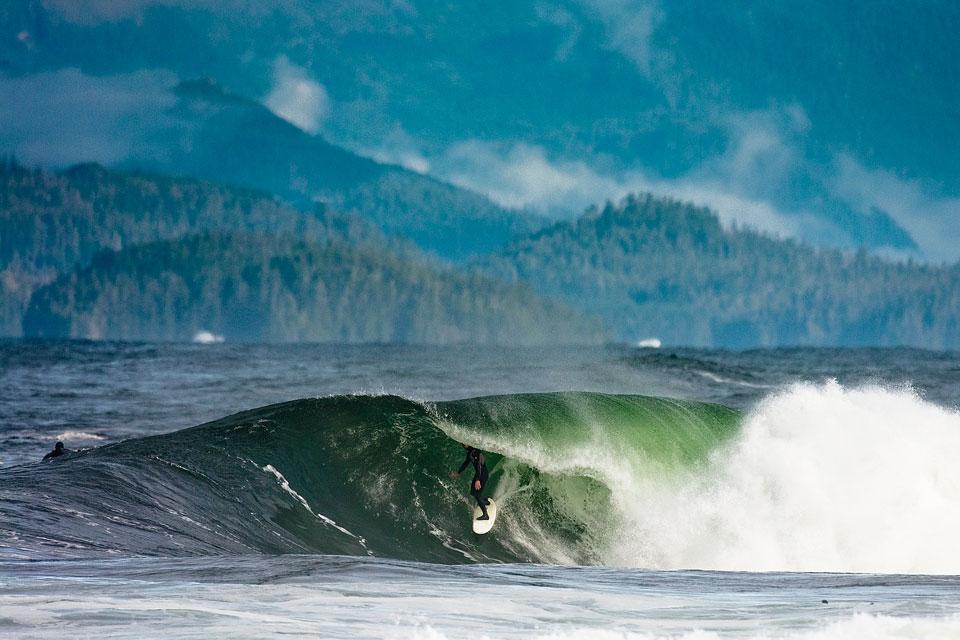 Cinema: Canadá, otro buen spot de olas remotas