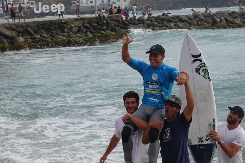 Alonso Correa triunfa en QS de San Bartolo