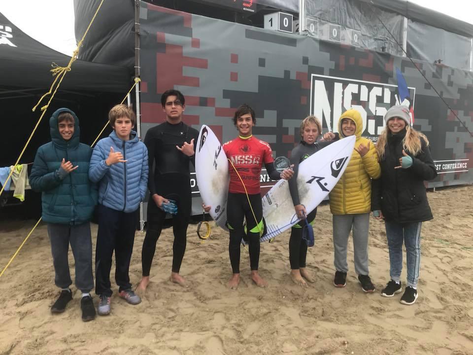 Raul Ríos y Alessia Moro subcampeones en prestigioso circuito de surf de Estados Unidos