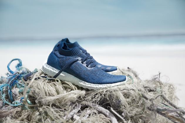Así se fabrica la zapatilla de Adidas hecha con basura del océano