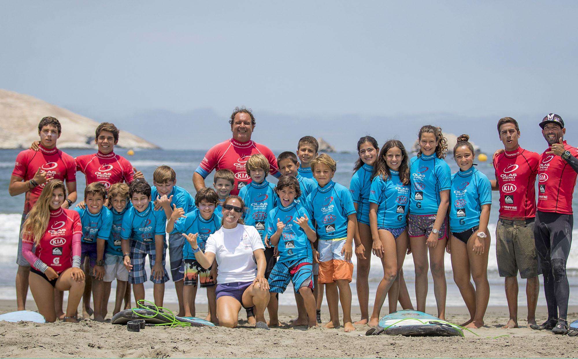Un día de surf y reciclaje con Quiksilver y Olas Perú