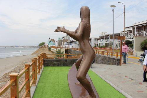 Así luce el nuevo malecón turístico de Puerto Malabrigo