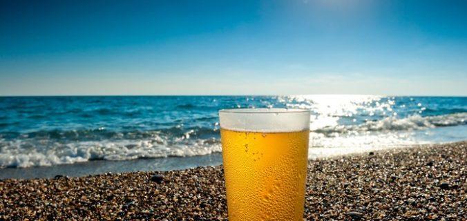 La cerveza boliviana hecha con agua de mar chileno