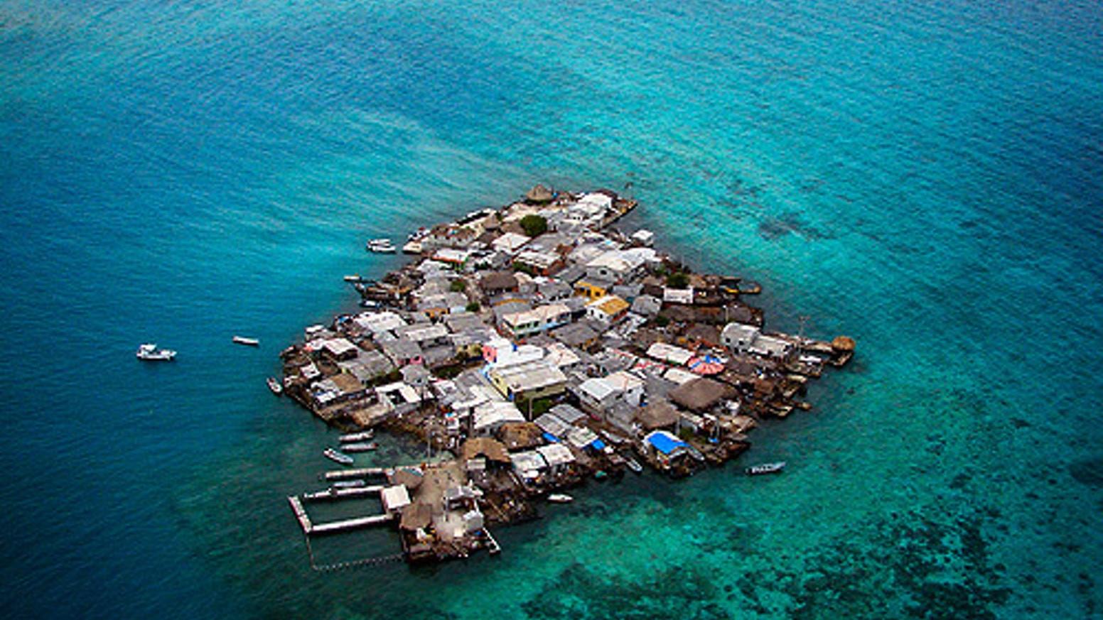 Así es la vida en la isla con más densidad de población del planeta