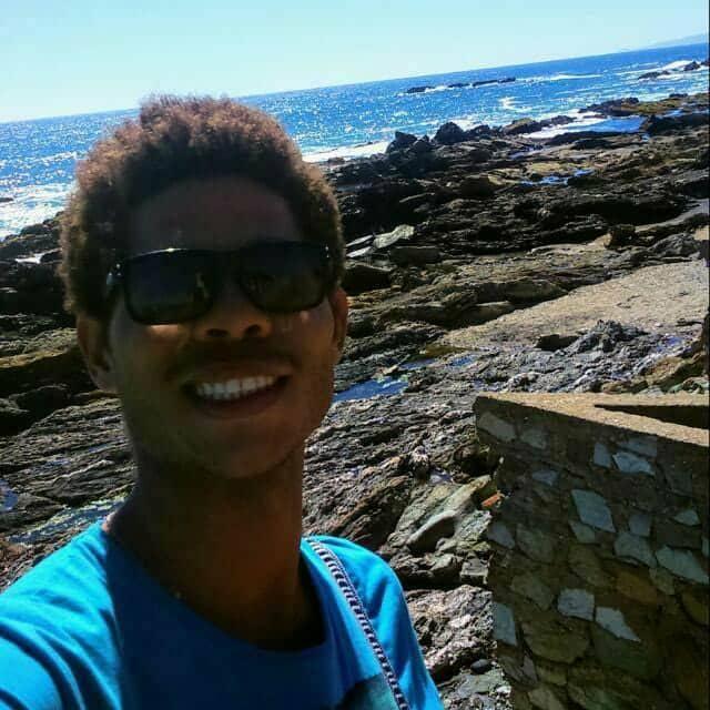 Surfista brasileño es buscado por su familia en Perú
