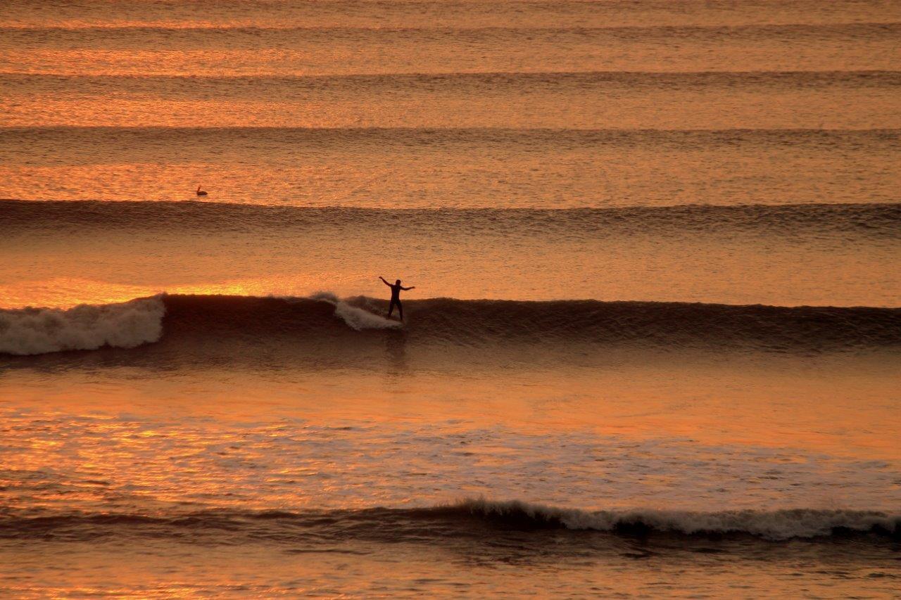 Visita de Save the Waves Coalition a la Reserva Mundial de Surf de Huanchaco y Chicama