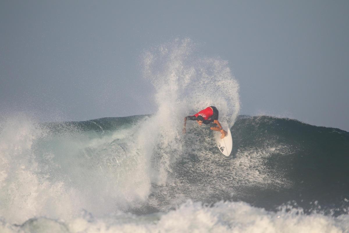 Lucca Mesinas tercer puesto en QS de Costa Rica