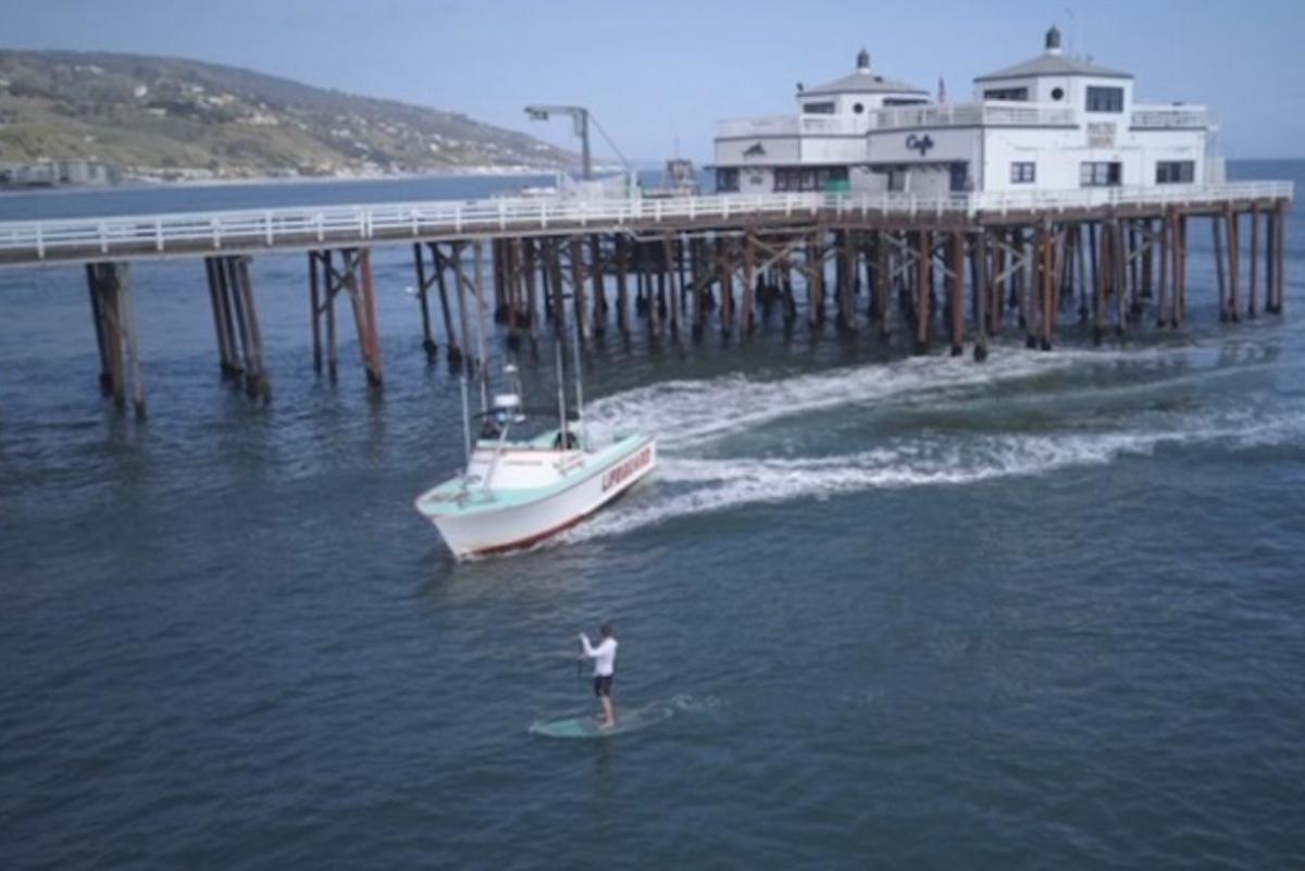 California: Surfer es detenido por autoridades tras una hora de persecución