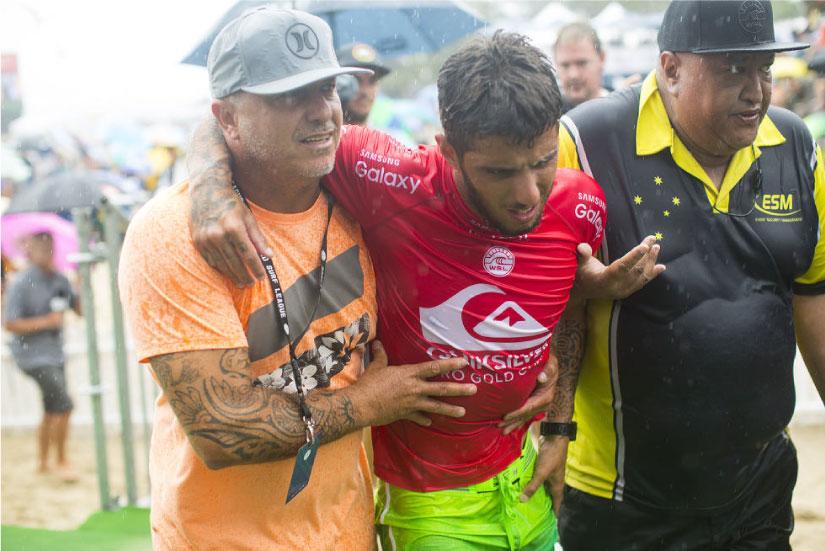 Filipe Toledo no estará en las siguientes dos fechas del Tour Mundial