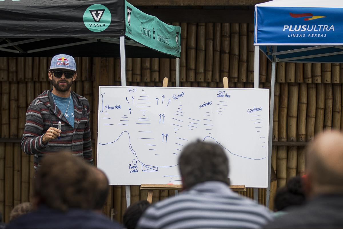 Cursos de tácticas de rescate en el oceáno por primera vez online
